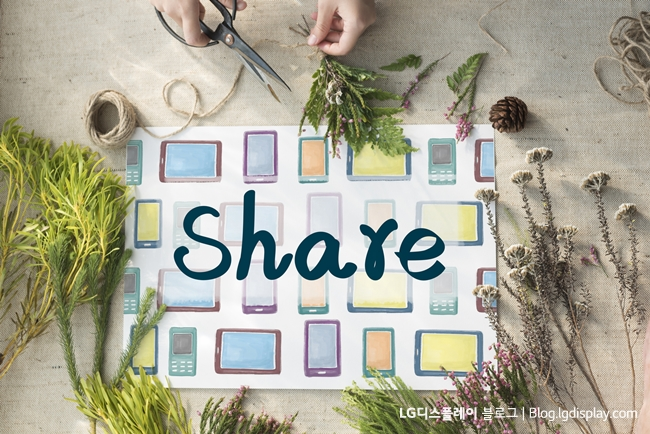 Social Network Sharing Searching Internet Concept